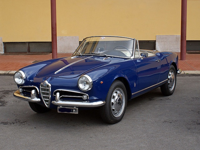 Alfa Romeo Giulietta Spider   Never Had An Alfa. I Know Theyu0027re Rust Prone  But What Beautiful Cars They Are.