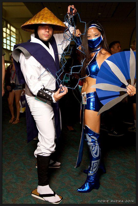 2014 San Diego Comic-Con Cosplay - MORTAL KOMBAT II - RAIDEN & KITANA