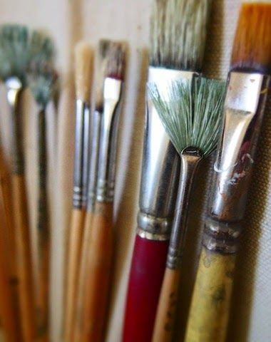 Paint Brushes And Their Designated Functions - overview of 7 often-used paintbrushes that every artist needs to know well.