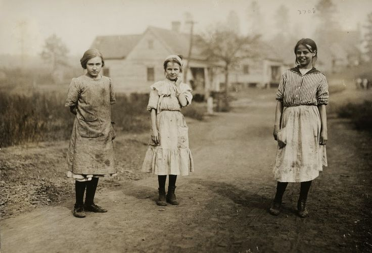 Some of the young workers (not the youngest) in the Kosciusko Cotton Mills. Superintendent objected to me taking photographs. Kosciusko, Mis...