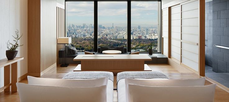 Soak up the scenic Tokyo skyline and views of the Imperial Palace Gardens in the Deluxe Palace Garden View Rooms. Book your Tokyo accommodation with Aman.