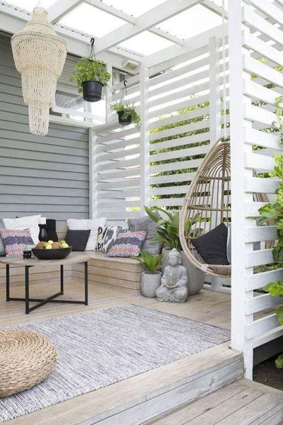 Privacy in de tuin of op het balkon creëren? Zo doe je dat! | Praxis Blog