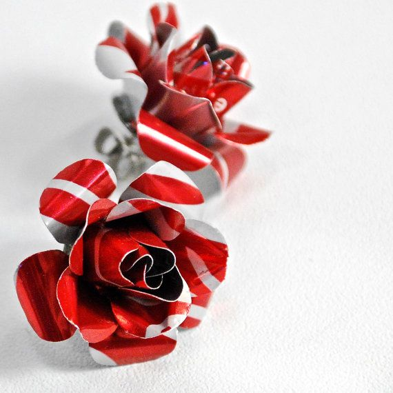 Check out these beautiful upcycled soda can rose earrings!