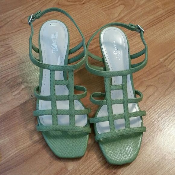 East 5th Green Sandals Very comfy sandals great for the spring! Pair with your favorite jeans or dress up for a night out. Used in good condition. Right shoe has some scratches on the inside  sole of the heel, see pic #4. East 5th Shoes Sandals