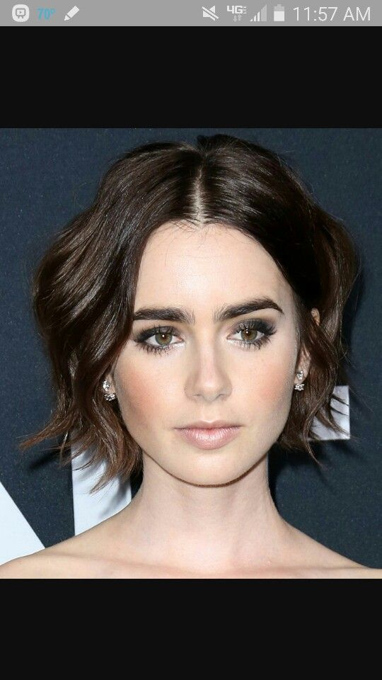 Short hair Lily Collins