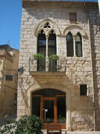 ·Fonda de Angels, Montblanc  Catalonia