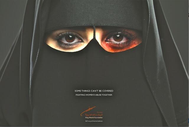 """""""El primer anuncio contra el maltrato a la mujer en Arabia Saudí. Nunca se había hecho antes"""" Twitter de @MiguelMorenatti"""