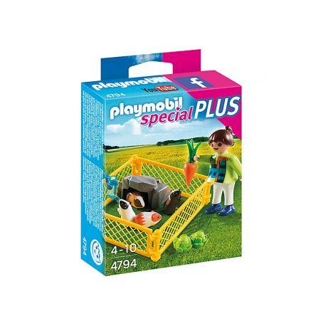 Poniedziałek, Uwielbiamy:) Wy pewnie też:)  Nowe Figurki Playmobil Special Plus już u Nas!  Dziewczynka z 4 Świnkami Morskimi, Ogrodzeniem oraz innymi małymi akcesoriami dla Dzieci od lat 4.  Dołącz figurkę do kolekcji Playmobil 6635 Małe zoo.  http://www.niczchin.pl/figurki-playmobil/2826-playmobil-4794-special-plus-dziewczynka-z-swinkami-morskimi.html  #playmobil #figurkiplaymobil #specialplus #zabawki #niczchin #krakow