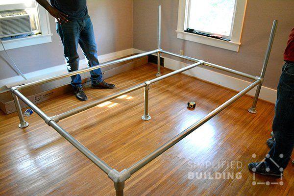 Telaio del letto fai da te pvc pinterest bed frames pipe bed and bed plans - Telaio del letto ...