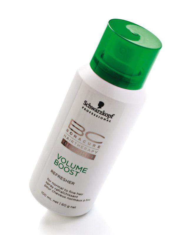 Melenón en un tiempo récord con Volume Boost (8,15€), de Schwarzkopf. Un spray con textura en polvo que, aplicado en las raíces, aporta cuerpo y volumen.