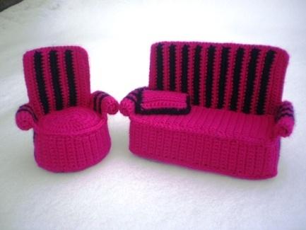 armchair for Barbie