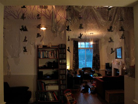 Some great halloween ideas for a dorm