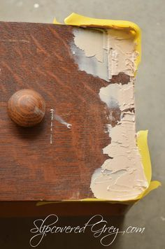 Awesome advice for chipped vaneer furniture rehab--painted furniture - Veneer Chips Fixed
