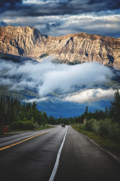 Highway 16 to Jasper - Canada