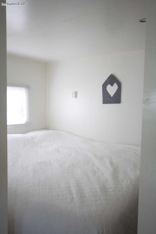 17 beste idee n over stacaravan badkamers op pinterest decoreren stacaravans stacaravan - Badkamer kamer model ...