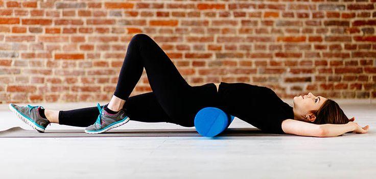 10 exercícios de força com o foam roller; aprenda