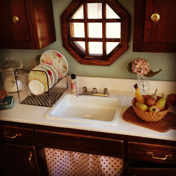 Miniature Kitchen: 1000+ Images About Dollhouse Kitchen On Pinterest