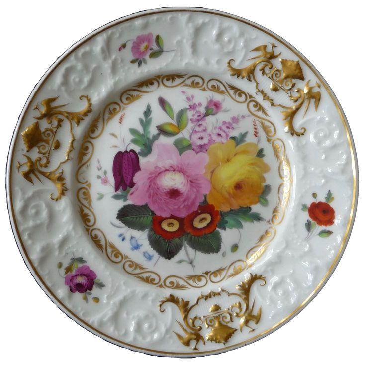Chamberlain's Worcester relief border dessert plate, 1816-20 チェンバレンズ ウースター レリーフ ボーダー プレート 1816−20年頃