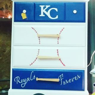 Kansas City Royals Dresser