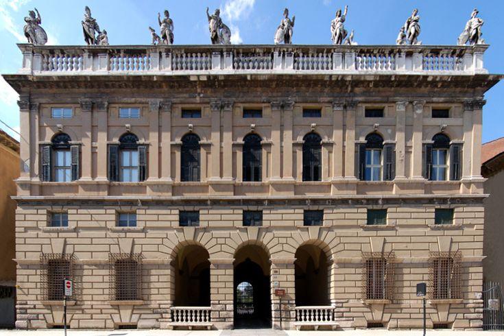 Palazzo Canossa (Verona) - Wikipedia