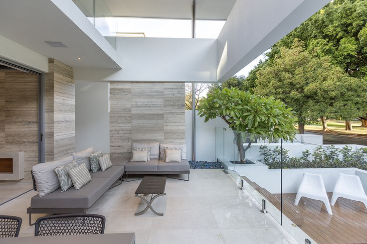 This Italian travertine Dorato makes the perfect feature for both internal and external cladding!