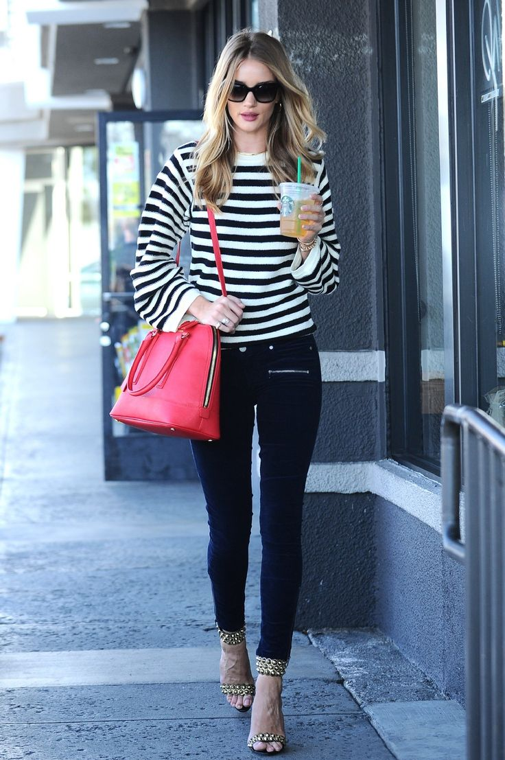 Rosie Huntington-Whiteley - Carries the Kurt London Saffiano Tall Bowling Bag on October 29, 2014.