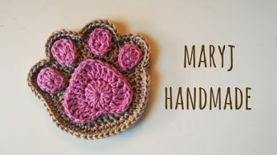 Paw appliqué. Video Tutorial. Fun for many projects… magnets, bookmarks, coasters. © 2015 MaryJ Handmade: Zampa all'uncinetto / How to crochet a paw