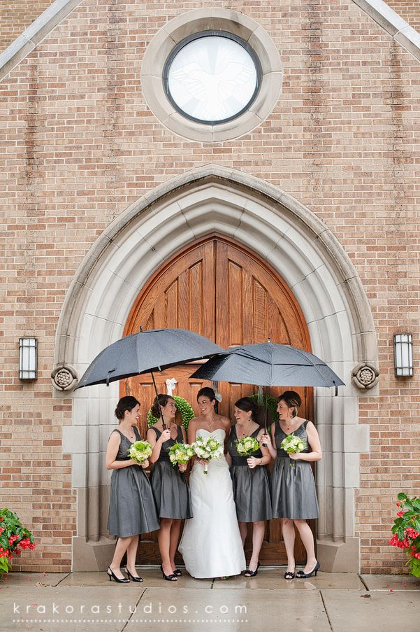 Wedding pictures in the rain. Cute