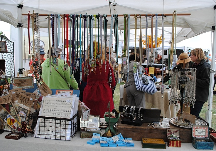 Country Living Customer Service : 18 best Craft Fair images on Pinterest  Country living ...
