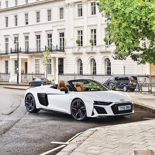 N E W 2019 Audi R8 Spyder Facelift Is It Or For You Audir8spyder 620hp Ajtcars Oooo Audidriven What Else Audi R8 Spyder Audi Cars Audi R8