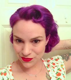 Gertie's New Blog for Better Sewing: Easy Retro Hairstyle for Short Hair   Love this one.