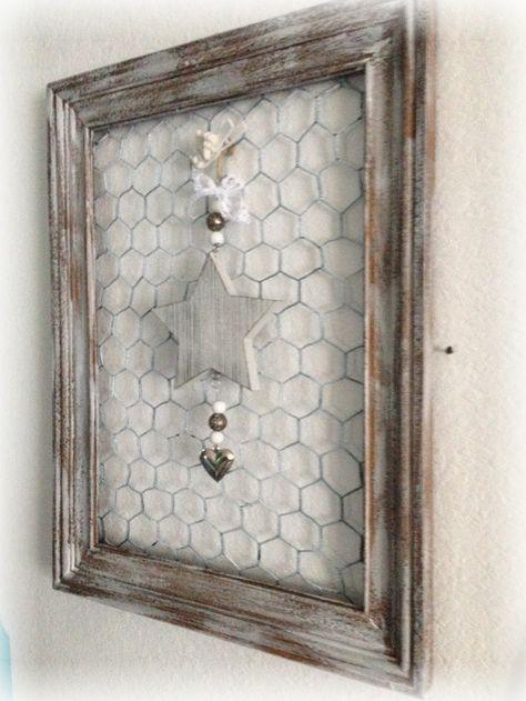 Biete hier einen von mir umgestalteten alten Bilderrahmen an. Den braunen Rahmen… – Inga Frank