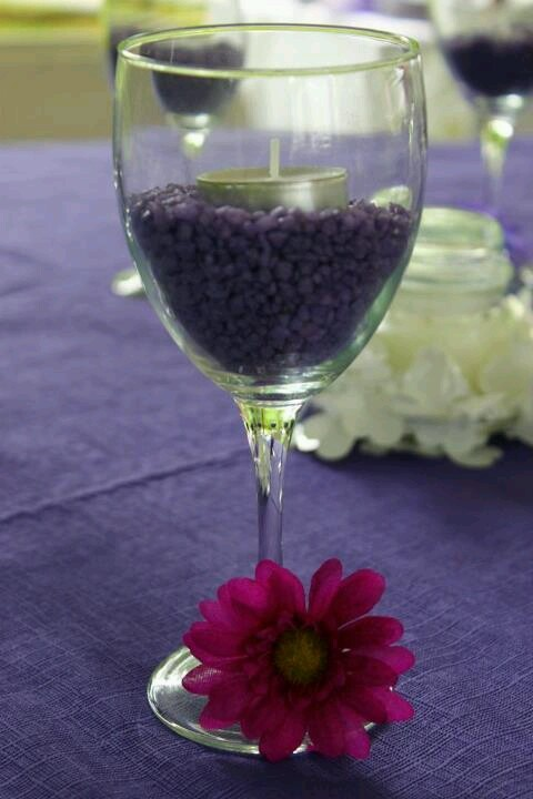 Bridal shower favors/ wine party, cute but with different colors