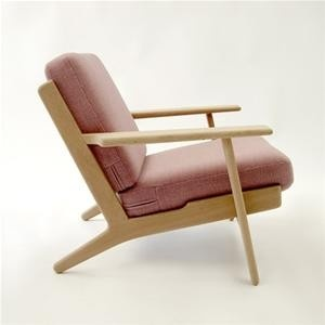 The Plank Chair or the Series GE 290 easy chair. Designed by Hans Wegner for Getama in 1953.  Soap washed oak frame with sprung cushions. Via www.greatdanefurniture.com