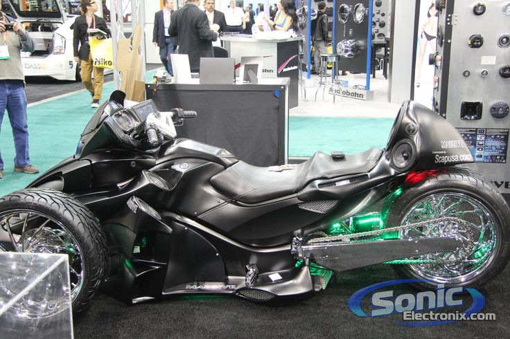 can am spyder custom | Can-Am Spyder w/ Massive Audio Gear @ CES 2012 | Sonic Electronix Blog