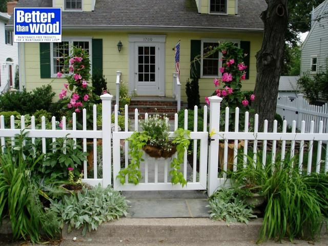 Types Of Front Garden Fencing: Was Thinking Black Wrought Iron In Front Of The Hedges And