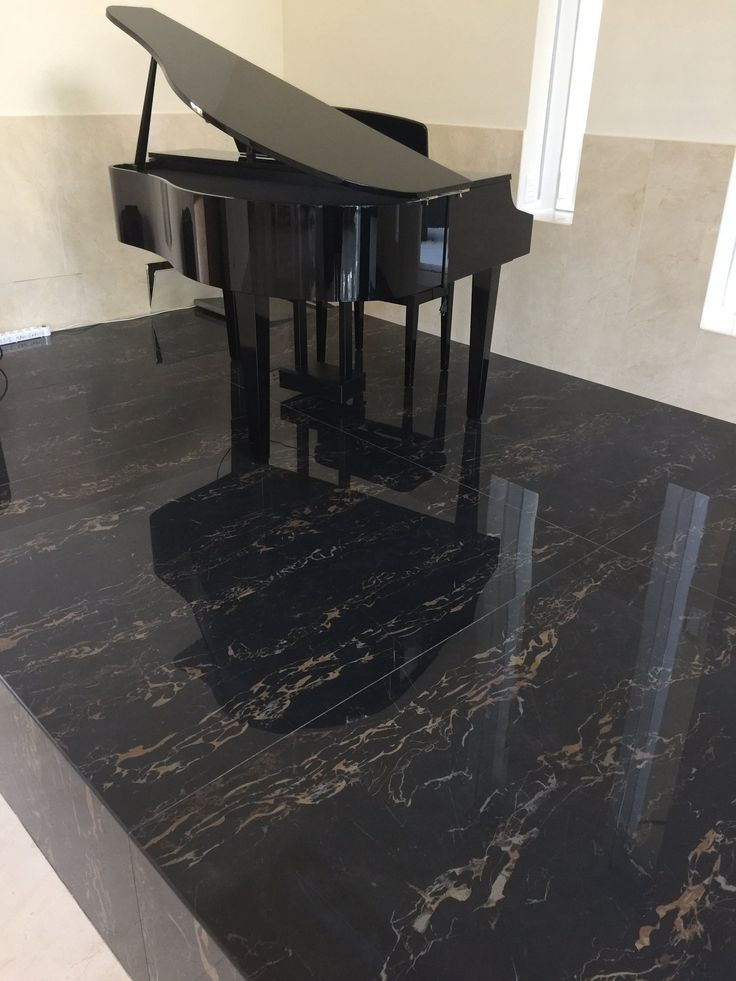 """NINA on Twitter: """"#porcelain #slabs @moscone_marble for #columns #walls and #floors #fireplaces #countertops #luxurylifestyle #woodbridge https://t.co/lILiwfz99O"""""""