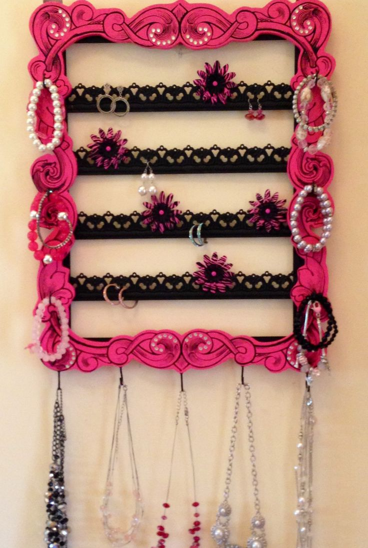 Homemade jewelry holder. <3