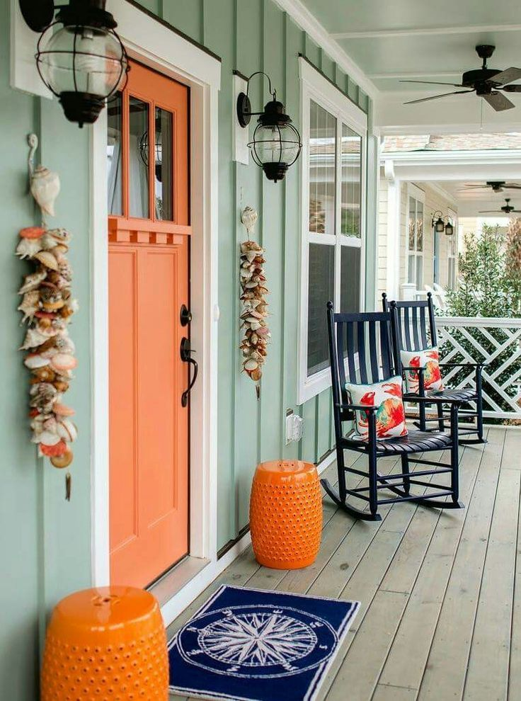 Love the tangerine and navy shades - P.S. the rug can be found on our site!
