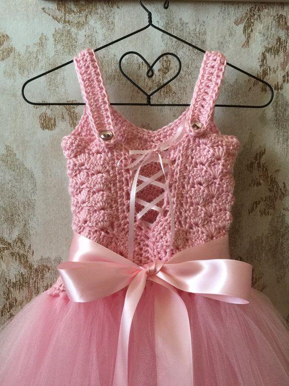 Pink flower girl tutu dress birthday tutu dress crochet by Qt2t