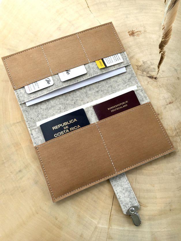 Travel-Organizer aus Wollfilz und Vegan Leder für Reisepass, Tickets, Kreditkarten, Bargeld und sonstige Papiere... Mit vielen Fächern und in verschiedenen Größen erhältlich! **Erhältlich in...