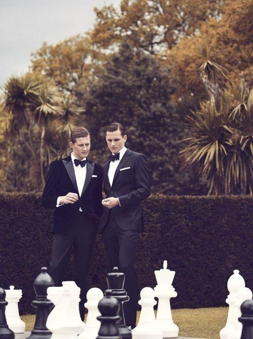 Country Club Life Style / karen cox. Chess black tie