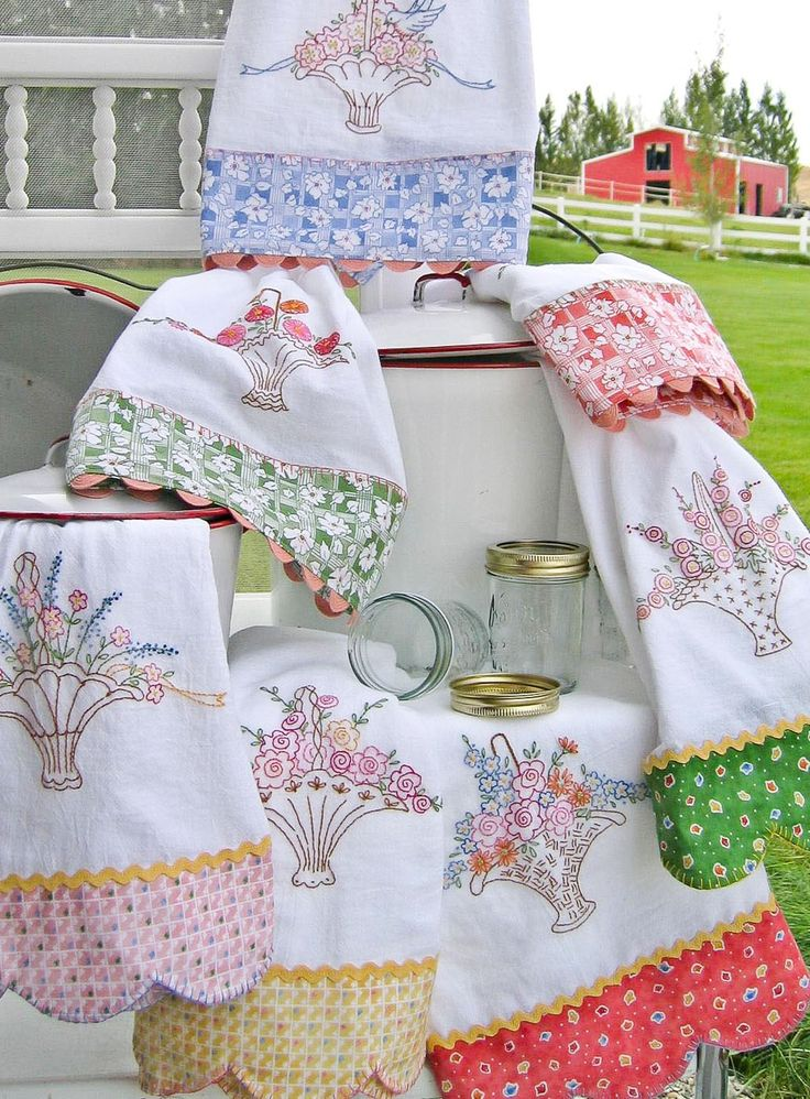 Hand Embroidery Pattern - Grandma's Tea Towels - Crabapple Hill Studio