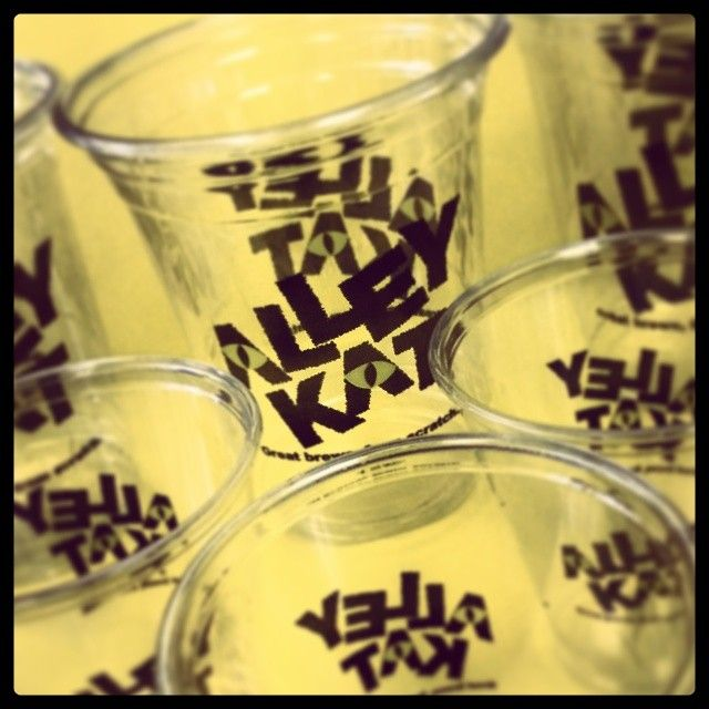 Alley Kat is brewing some great beer this spring, and has some great custom cups to match! yum!   Featured here: 12oz and 5oz plastic cups, printed on 2 sides for maximum branding and marketing.  #cat #ale #wine #taste #tasty #ice #eco #brew #brewery #drink #print #promo #ad #summer #recycle #canada #canadian #alberta #AB #edmonton #city #rustic #home