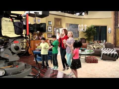 Jessie - Live Taping - ''Cattle Calls & Scary Walls'' - Last Episode of ...