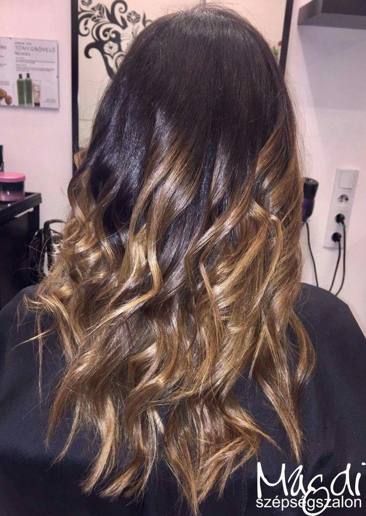 Magdi, festése szép lett. Mit gondoltok? :)  www.magdiszepsegszalon.hu  #hairstyle #hair #hairfasion #haj #festetthaj #coloredhair #széphaj #szépségszalon #beautysalon #fodrász #hairdresser #ilovemyhair #ilovemyjob❤️