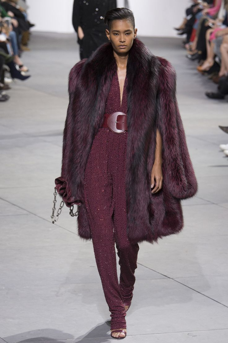Michael Kors Collection Fall 2017 Ready-to-Wear Fashion Show - Ysaunny Brito