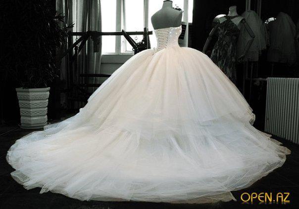 Дорогие свадебные наряды, поразившие мир (фото)