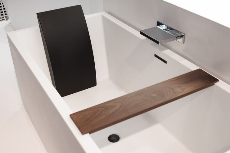 The BC04 is as spacious as it is luxurious! Delight in it's contemporary matte finish + architectural shape. #wetstyle