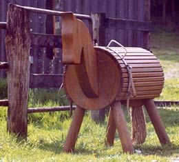 German instructions to make your own wooden horse.